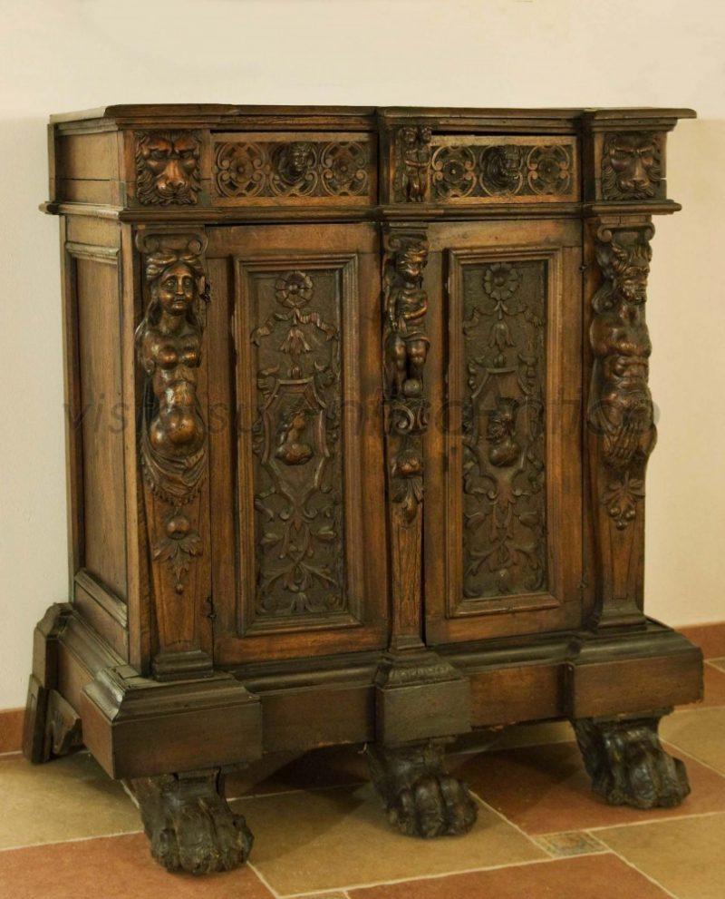 Mobili In Stile Gotico mobili antichi usati: foto, esempi, come e dove scegliere un